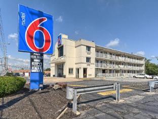 /cs-cz/motel-6-philadelphia-mt-laurel-nj/hotel/mount-laurel-nj-us.html?asq=jGXBHFvRg5Z51Emf%2fbXG4w%3d%3d