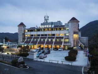 /de-de/dukgu-hot-spring-resort/hotel/uljin-gun-kr.html?asq=jGXBHFvRg5Z51Emf%2fbXG4w%3d%3d