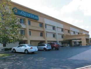 /ca-es/la-quinta-inn-milwaukee-west-brookfield/hotel/brookfield-wi-us.html?asq=jGXBHFvRg5Z51Emf%2fbXG4w%3d%3d