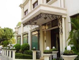 /cs-cz/la-place-sarovar-portico-hotel/hotel/lucknow-in.html?asq=jGXBHFvRg5Z51Emf%2fbXG4w%3d%3d