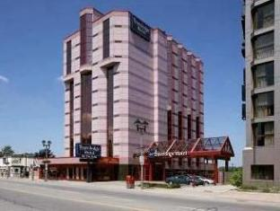 /et-ee/travelodge-hotel-by-the-falls/hotel/niagara-falls-on-ca.html?asq=jGXBHFvRg5Z51Emf%2fbXG4w%3d%3d