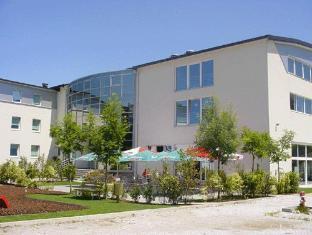 /bg-bg/bit-center-hotel/hotel/ljubljana-si.html?asq=jGXBHFvRg5Z51Emf%2fbXG4w%3d%3d