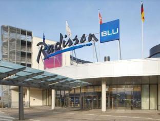 /nl-nl/radisson-blu-hotel-hamburg-airport/hotel/hamburg-de.html?asq=jGXBHFvRg5Z51Emf%2fbXG4w%3d%3d