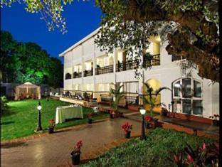 Citrus Chambers Mahabaleshwar Hotel