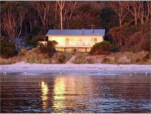 /ca-es/harpers-on-the-beach-b-b/hotel/white-beach-au.html?asq=jGXBHFvRg5Z51Emf%2fbXG4w%3d%3d