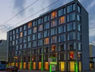 /bg-bg/holiday-inn-salzburg-city/hotel/salzburg-at.html?asq=jGXBHFvRg5Z51Emf%2fbXG4w%3d%3d