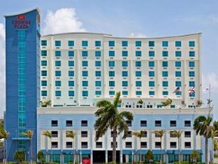 /cs-cz/crowne-plaza-hotel-resorts-fort-lauderdale-airport-cruise/hotel/fort-lauderdale-fl-us.html?asq=jGXBHFvRg5Z51Emf%2fbXG4w%3d%3d