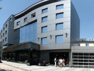/bg-bg/cosmopolitan-hotel-wellness/hotel/ruse-bg.html?asq=jGXBHFvRg5Z51Emf%2fbXG4w%3d%3d