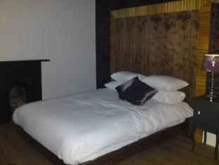 /et-ee/hotel-one-hundred/hotel/cardiff-gb.html?asq=jGXBHFvRg5Z51Emf%2fbXG4w%3d%3d