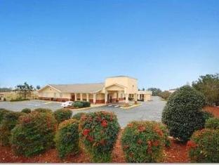 /cs-cz/clarion-inn-suites-greenville/hotel/greenville-sc-us.html?asq=jGXBHFvRg5Z51Emf%2fbXG4w%3d%3d