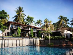 Niramaya Villa & Wellness Resort