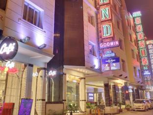 /da-dk/hotel-grand-godwin/hotel/new-delhi-and-ncr-in.html?asq=jGXBHFvRg5Z51Emf%2fbXG4w%3d%3d