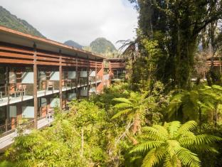 /ar-ae/te-waonui-forest-retreat/hotel/franz-josef-glacier-nz.html?asq=jGXBHFvRg5Z51Emf%2fbXG4w%3d%3d