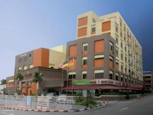 /cs-cz/carlton-holiday-hotel-suites/hotel/shah-alam-my.html?asq=jGXBHFvRg5Z51Emf%2fbXG4w%3d%3d