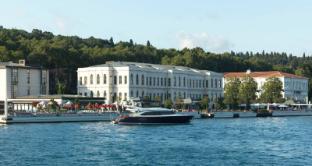 /it-it/four-seasons-hotel-istanbul-at-the-bosphorus/hotel/istanbul-tr.html?asq=jGXBHFvRg5Z51Emf%2fbXG4w%3d%3d