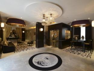 /hi-in/hotel-le-versailles/hotel/versailles-fr.html?asq=jGXBHFvRg5Z51Emf%2fbXG4w%3d%3d