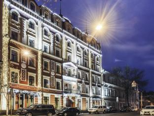 /vi-vn/podol-plaza-hotel/hotel/kiev-ua.html?asq=jGXBHFvRg5Z51Emf%2fbXG4w%3d%3d