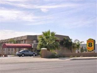 /de-de/super-8-motel-phoenix-mesa-power-main/hotel/mesa-az-us.html?asq=jGXBHFvRg5Z51Emf%2fbXG4w%3d%3d