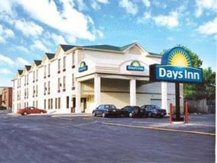 /id-id/days-inn-toronto-east-lakeview/hotel/toronto-on-ca.html?asq=jGXBHFvRg5Z51Emf%2fbXG4w%3d%3d