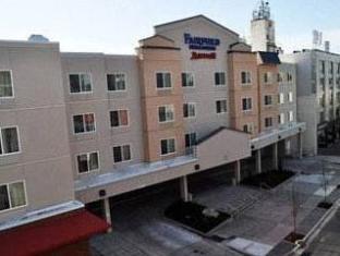 /de-de/fairfield-inn-suites-seattle-bremerton/hotel/bremerton-wa-us.html?asq=jGXBHFvRg5Z51Emf%2fbXG4w%3d%3d