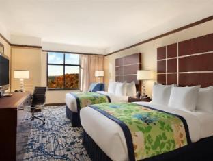 /ar-ae/hilton-asheville-biltmore-park/hotel/asheville-nc-us.html?asq=jGXBHFvRg5Z51Emf%2fbXG4w%3d%3d