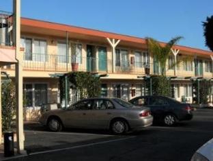 /cs-cz/oasis-inn-and-suites/hotel/santa-barbara-ca-us.html?asq=jGXBHFvRg5Z51Emf%2fbXG4w%3d%3d