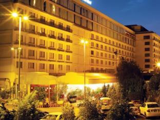 /da-dk/pearl-continental-lahore/hotel/lahore-pk.html?asq=jGXBHFvRg5Z51Emf%2fbXG4w%3d%3d