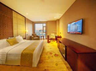 /cs-cz/ramada-plaza-hotel-yantai/hotel/yantai-cn.html?asq=jGXBHFvRg5Z51Emf%2fbXG4w%3d%3d