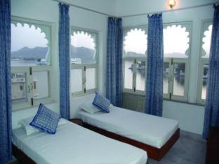 /de-de/jaiwana-haveli/hotel/udaipur-in.html?asq=jGXBHFvRg5Z51Emf%2fbXG4w%3d%3d