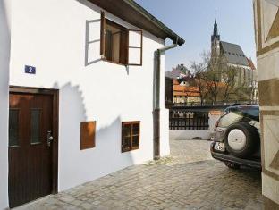 /nl-nl/pension-u-hada/hotel/cesky-krumlov-cz.html?asq=jGXBHFvRg5Z51Emf%2fbXG4w%3d%3d