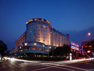 New Century Taizhou Hotel