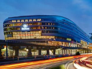 /ru-ru/hilton-frankfurt-airport/hotel/frankfurt-am-main-de.html?asq=jGXBHFvRg5Z51Emf%2fbXG4w%3d%3d