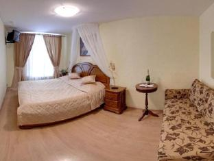 /hi-in/nevsky-mayak-hotel/hotel/saint-petersburg-ru.html?asq=jGXBHFvRg5Z51Emf%2fbXG4w%3d%3d