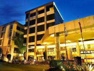 /ro-ro/the-ritz-hotel-at-garden-oases/hotel/davao-city-ph.html?asq=jGXBHFvRg5Z51Emf%2fbXG4w%3d%3d