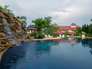Lake Villa Resort