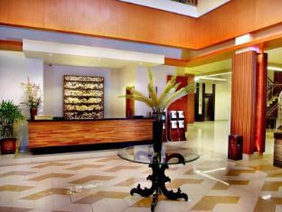 /da-dk/aston-tanjung-city-hotel/hotel/tanjung-id.html?asq=jGXBHFvRg5Z51Emf%2fbXG4w%3d%3d