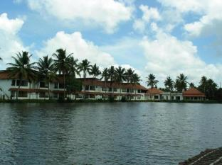 /de-de/manor-backwater-resort/hotel/kumarakom-in.html?asq=jGXBHFvRg5Z51Emf%2fbXG4w%3d%3d