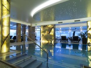 /hi-in/hotel-zur-burg/hotel/kaprun-at.html?asq=jGXBHFvRg5Z51Emf%2fbXG4w%3d%3d