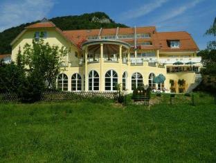 /en-au/vitalhotel-sanct-bernhard/hotel/bad-ditzenbach-de.html?asq=jGXBHFvRg5Z51Emf%2fbXG4w%3d%3d