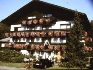 /hi-in/schwarzwaldhotel-sonne/hotel/baden-baden-de.html?asq=jGXBHFvRg5Z51Emf%2fbXG4w%3d%3d