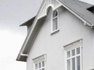 /lt-lt/luna-apartments-laugavegur-37/hotel/reykjavik-is.html?asq=jGXBHFvRg5Z51Emf%2fbXG4w%3d%3d