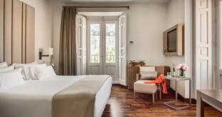 /pt-br/nh-collection-madrid-palacio-de-tepa/hotel/madrid-es.html?asq=jGXBHFvRg5Z51Emf%2fbXG4w%3d%3d