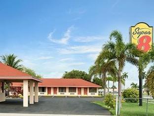 /ca-es/super-8-florida-city/hotel/florida-city-fl-us.html?asq=jGXBHFvRg5Z51Emf%2fbXG4w%3d%3d