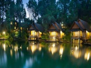 /da-dk/kampung-sampireun-resort-spa/hotel/garut-id.html?asq=jGXBHFvRg5Z51Emf%2fbXG4w%3d%3d