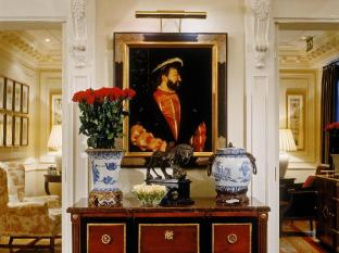 /th-th/hotel-francois-premier/hotel/paris-fr.html?asq=jGXBHFvRg5Z51Emf%2fbXG4w%3d%3d