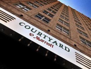 /ar-ae/courtyard-fort-worth-downtown-blackstone/hotel/fort-worth-tx-us.html?asq=jGXBHFvRg5Z51Emf%2fbXG4w%3d%3d