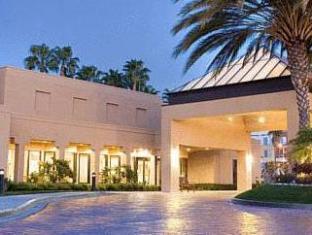 /ca-es/courtyard-irvine-john-wayne-airport-orange-county/hotel/irvine-ca-us.html?asq=jGXBHFvRg5Z51Emf%2fbXG4w%3d%3d