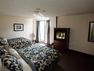 /ca-es/kensington-college-backpackers/hotel/toronto-on-ca.html?asq=jGXBHFvRg5Z51Emf%2fbXG4w%3d%3d