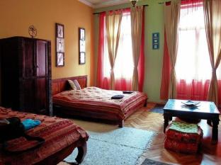 Maharaja Apartments and Rooms