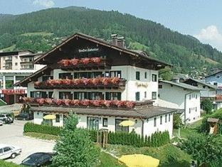 /ca-es/hotel-pension-hubertus/hotel/zell-am-see-at.html?asq=jGXBHFvRg5Z51Emf%2fbXG4w%3d%3d